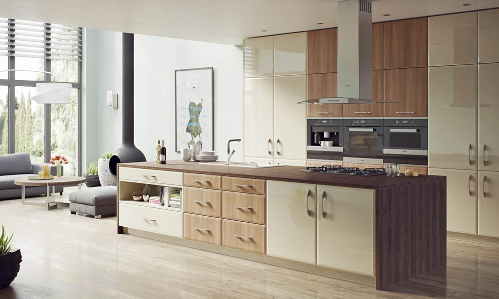 Milano - Natural Aida Walnut & High Gloss Mussel