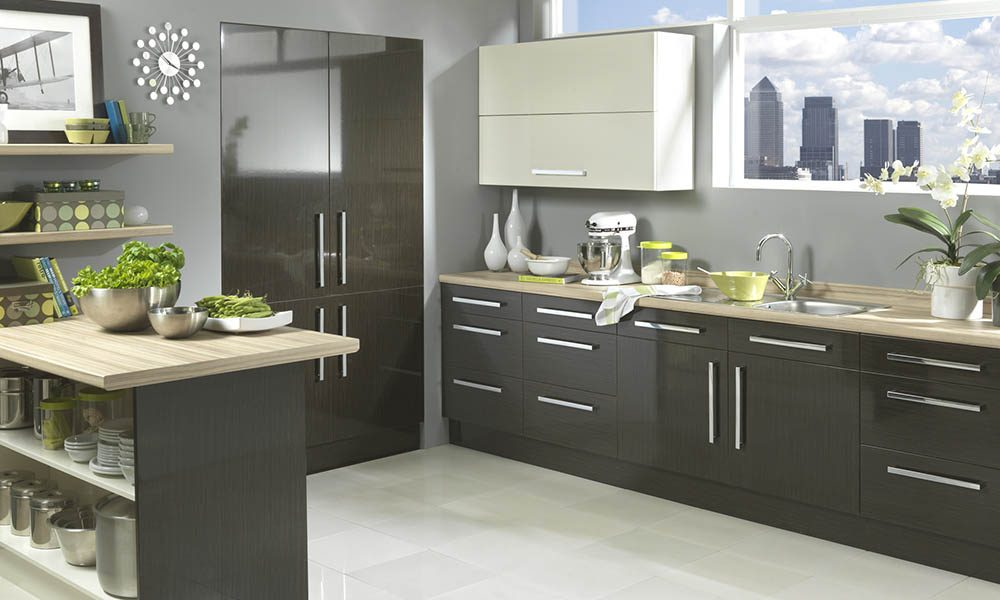 Vienna - High Gloss Black Washed Oak & Cream